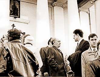 Александр Волков и Валентин Кудинов, настоявшие на включении «Удмуртнефти» в состав «Сиданко», в последующие годы то ссорились, то мирились. 1997 год. Фото из архива «Д».